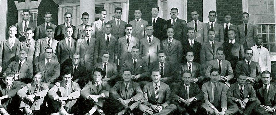 1939 Corks & Curls